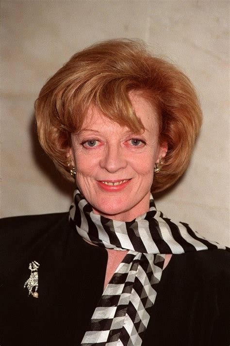 Maggie Smith - biography, net worth, quotes, wiki, assets