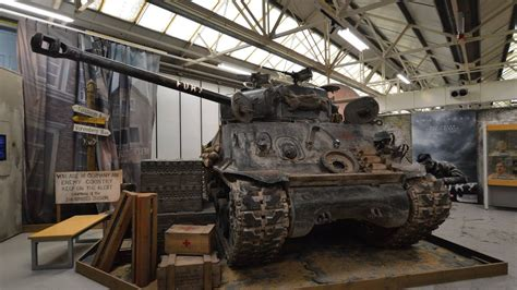 "Sherman M4A2E8 ""Fury"" walkaround at the Tank Museum"