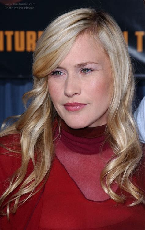 Patricia Arquette's long hair with mermaid curls and how