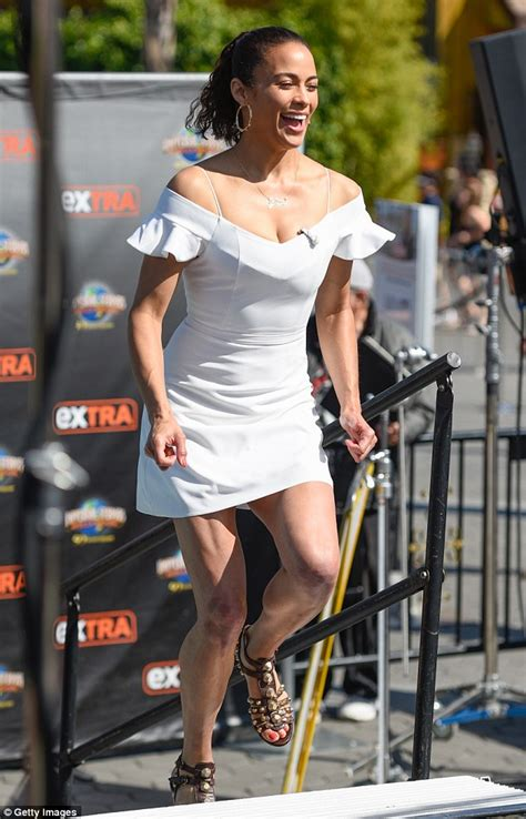 Paula Patton goes bare-legged in off-the-shoulder